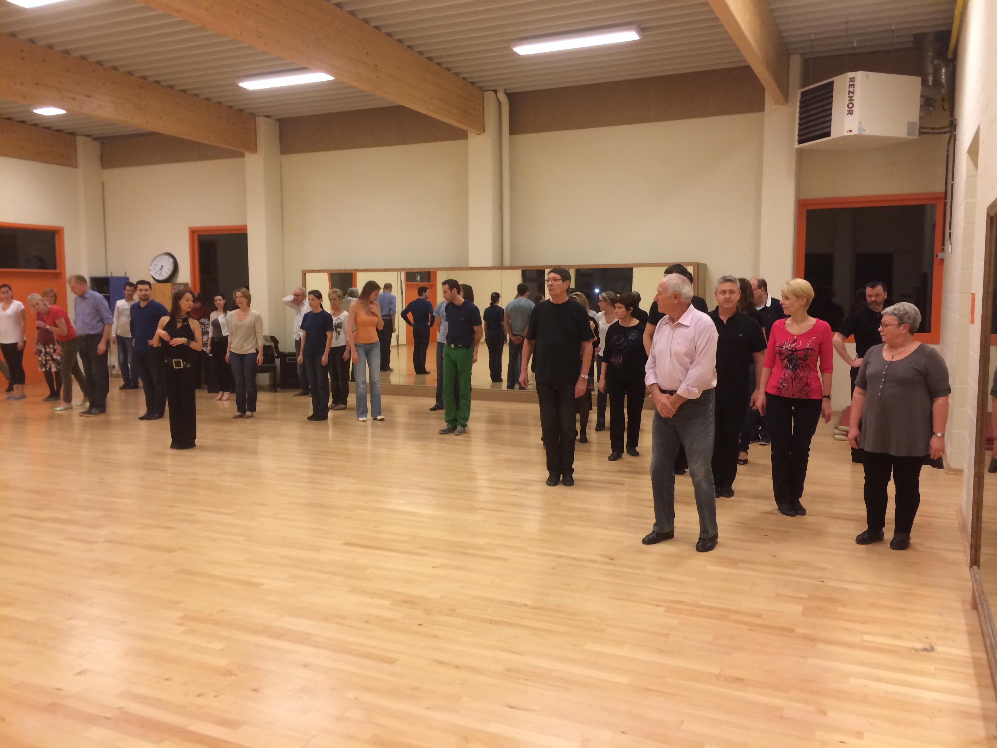 Soir e entrainement danse de salon tous niveau sur mouscron for Danse de salon 95